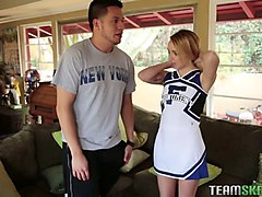 flexible cheerleader blows a giant shaved prick