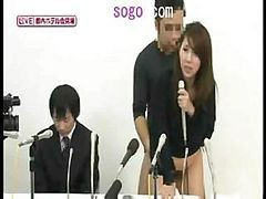 Japanese Girl Spreads Her Legs And Gets Naked In This Contest